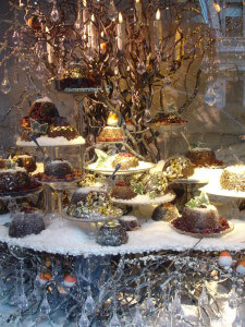 Fortnum and Mason, Christmas puddings and robins
